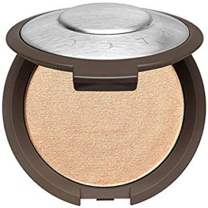 maquillaje malaga -iluminador becca